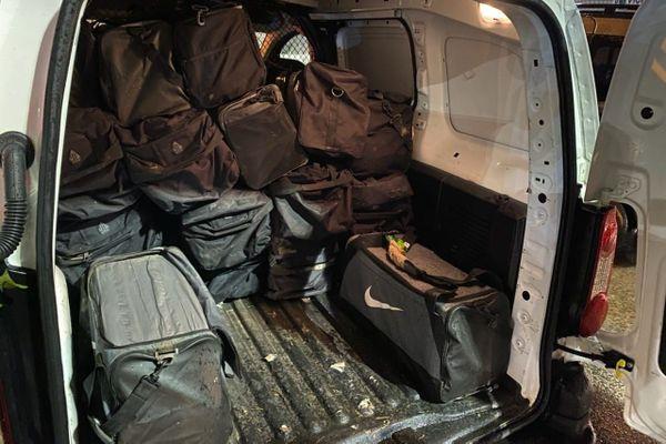 Saisie record de cocaïneau port : la voie maritime, une nouvelle option pour les trafiquantsen Guyane ?