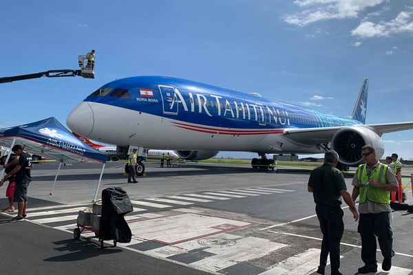 Bénédiction du nouveau Dreamliner de Air Tahiti Nui