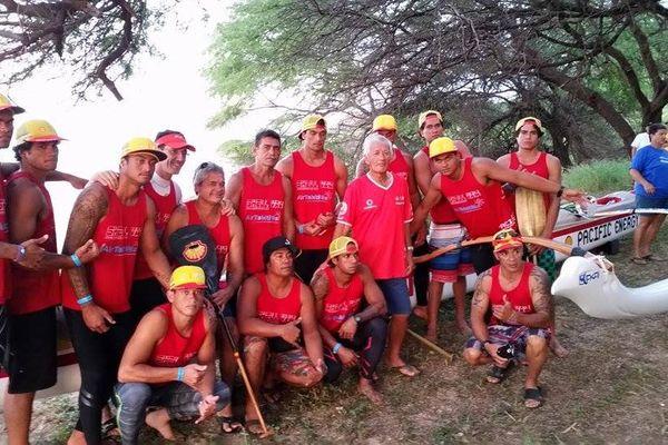 Shell Vaa remporte la Molokai Hoe 2015