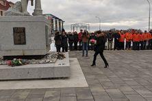 La ministre de la Mer a déposé une gerbe au monument en hommage aux marins disparus