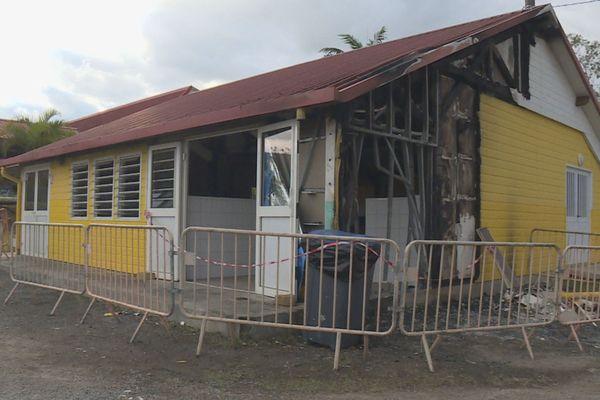 Incendie cantine école James Paddon Païta