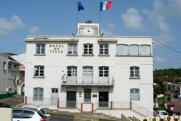 Covid-19 : la mairie de Schoelcher appelle à la vigilance