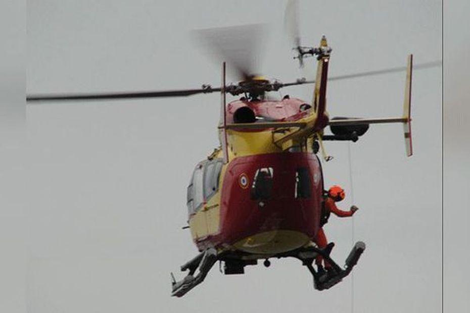 Un avion de tourisme fait un amerrissage d'urgence au nord de la Guadeloupe. Ses deux passagers sont sains et saufs - Guadeloupe la 1ère