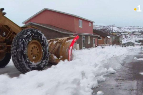 Le déneigement se poursuit après la première tempête hivernale