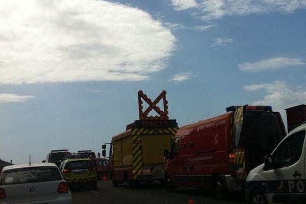 Accident route du littoral (véhicules secours)