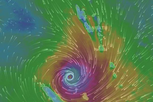 Vue carte cyclone Cook (10 avril 2017 7 h)