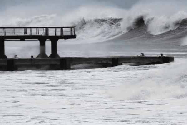 Le cyclone Bejisa arrive à la réunion