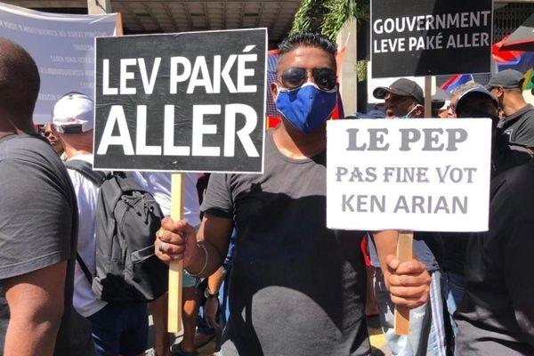 Manifestation sur l'île Maurice  - 1