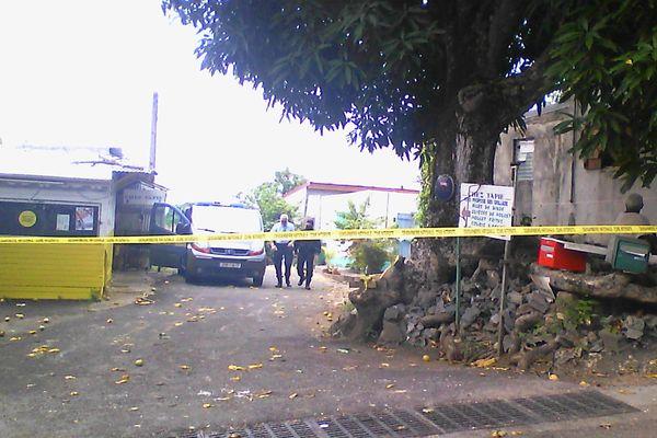 Homicide à Carrère Petit-Bourg