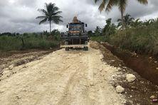 Travaux de réfection de la route de Sarcelle, avec pose de tuf et évacuation des eaux