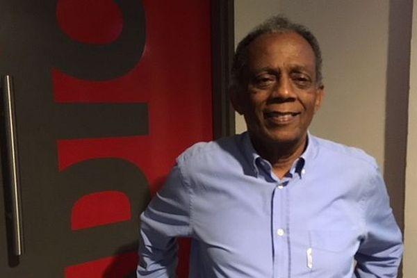 Gilbert Annette, maire de Saint-Denis et conseiller régional