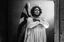"""Christiane Eda-Pierre en 1983 dans l'opéra """"Saint-François d'Assise"""""""