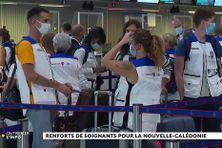 Membres de la réserve sanitaire à l'aéroport de Paris Charles de Gaulle prêts à rejoindre la Nouvelle-Calédonie