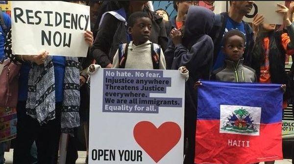Haïtiens manifestent