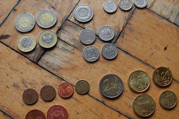 pièces d'euros .jpg