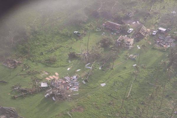 vanuatu : survol des zones impactées par le cyclone Harold
