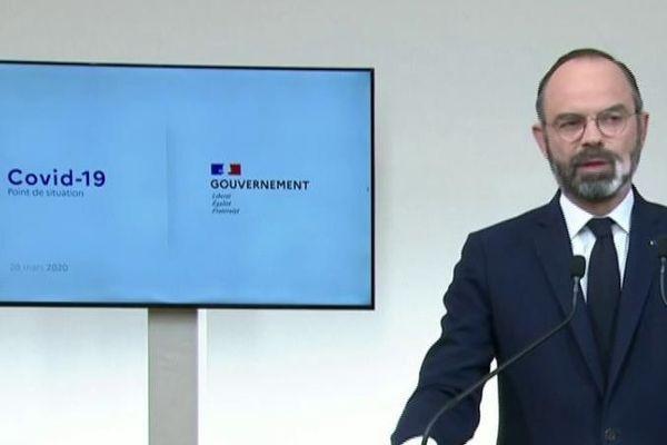 Le Premier ministre Edouard Philippe, le 28 mars 2020 à Paris