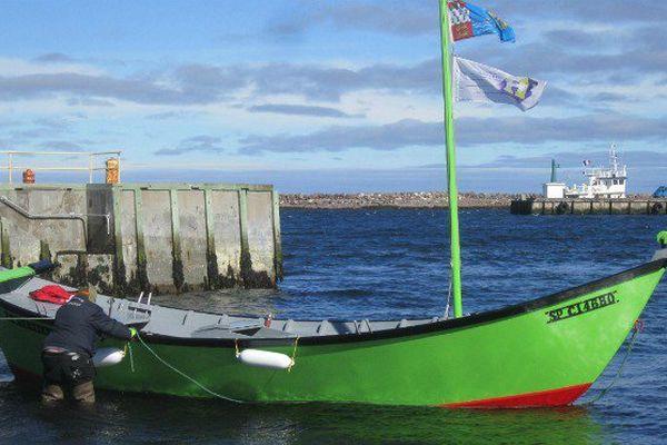Le St-Etienne rejoint les 2 doris à l'aviron déjà rénovés par l'association les Zigotos