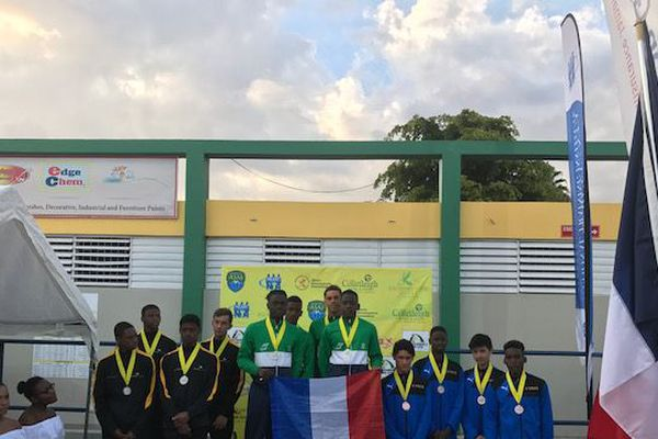 Podium au Carifta Games