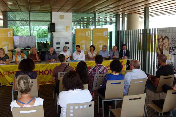 Réunion 1ère : conférence de Presse AFMTéléthon