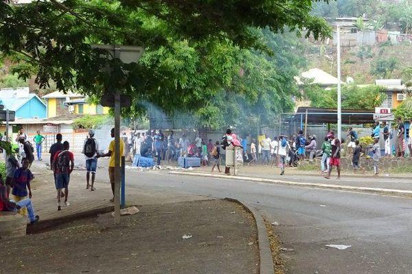 Mayotte violence pétition