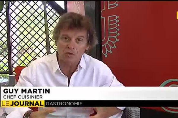 Guy Martin, propriétaire du restaurant « le grand Véfour » en mission à Tahiti