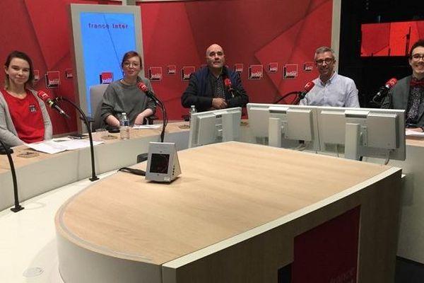 Les 23 jeunes du lycée Emile Letournel sur France inter