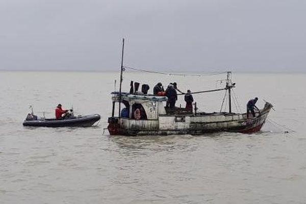 Lutte contre la pèche illégale : trois déroutements de navires