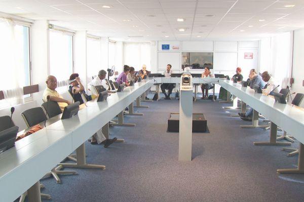 Réunion de la commission sur le projet Guyane