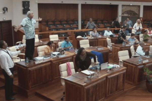 Débats houleux autour de l'Accord de l'Elysée à l'Assemblée