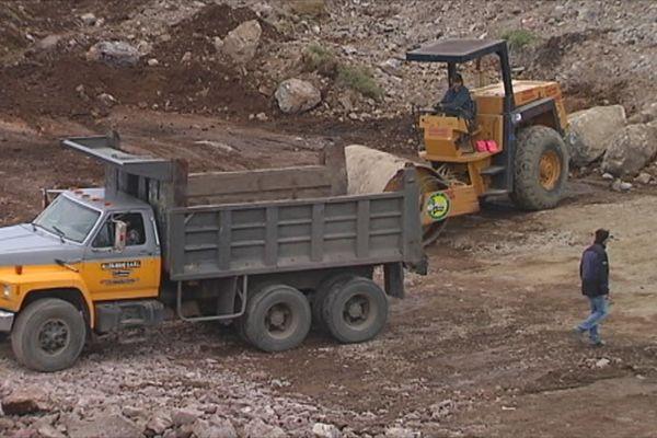 Le marquage CE sur des équipements de chantier fabriqués au Canada au coeur d'une polémique entre le Medef SPM et l'Etat