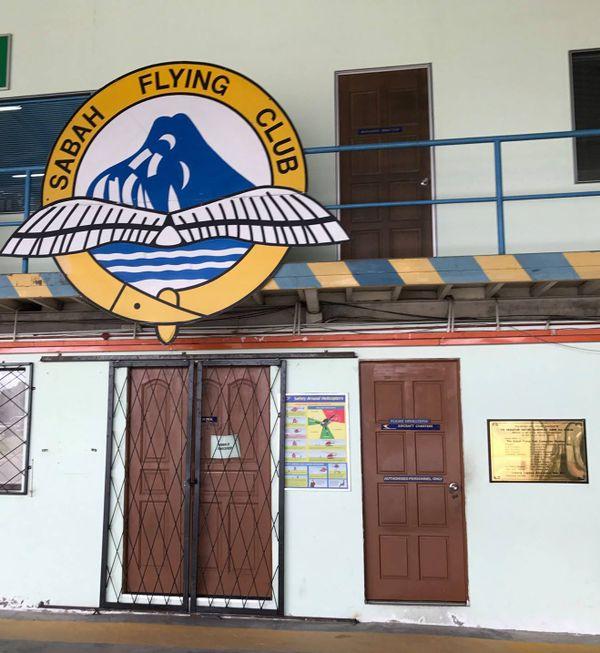 Flying sabah club photographié à Bornéo par le pilote calédonien Hugues Jurion