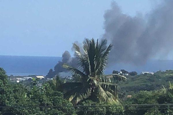 Incendie à Cambaie 100521