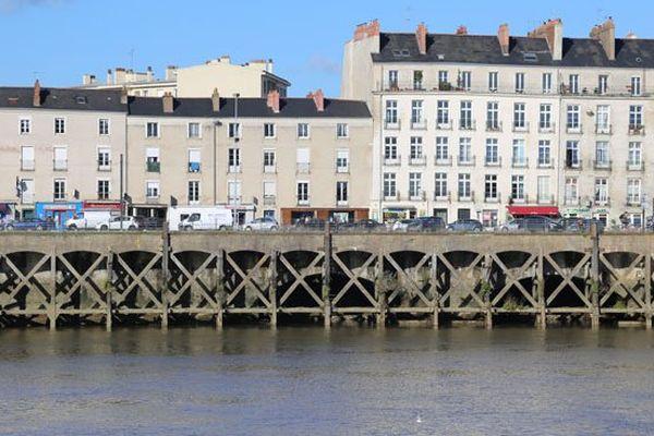 Quai de la Fosse à Nantes, lieu emblématique de la traité négrière