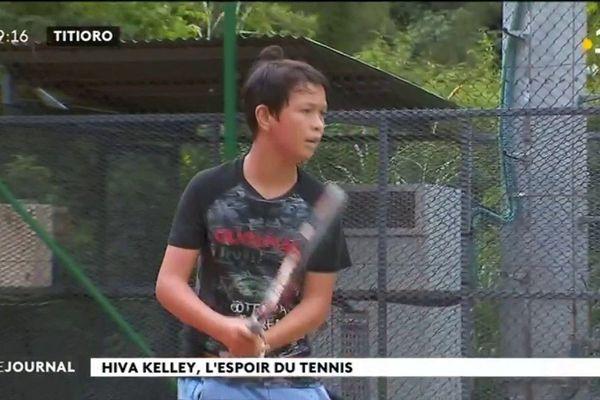 Hiva Kelley, jeune espoir du tennis tahitien