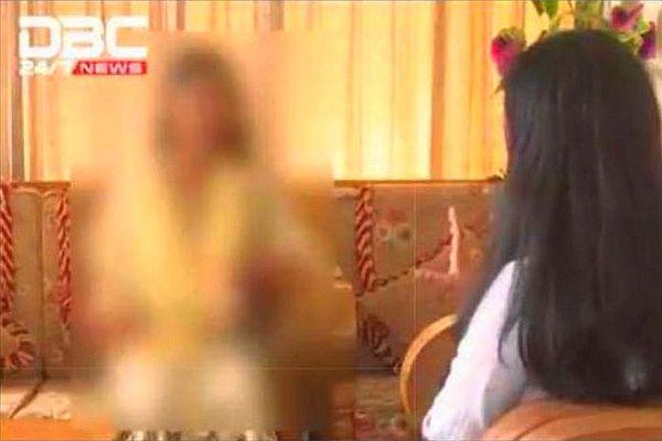 Une ouvrière bangladaise revient dans on pays enceinte. Elle affirme avoir été violée par son employeur à l'île Maurice