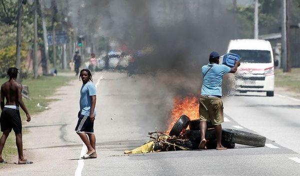 Trinidad et Tobago routes bloquées