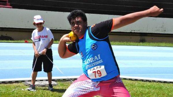 Riarii Thomson, champion de France d'athlétisme, lancer de poid