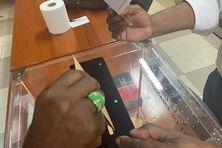 Dès 8 h ce matin, les 1ers votants ont accompli leur devoir électoral.
