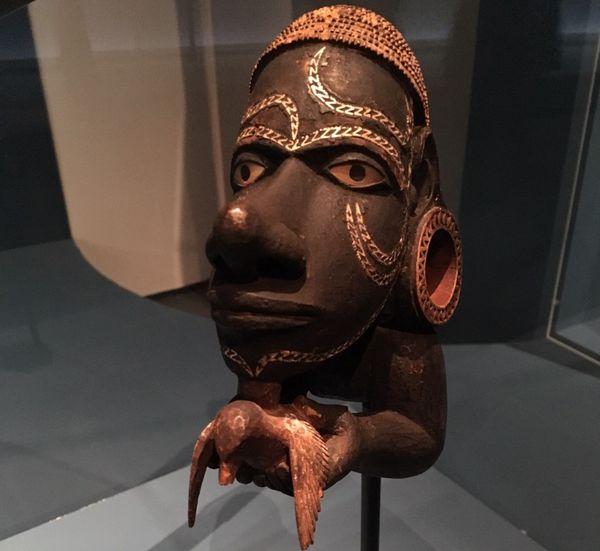 Figure de proue d'une pirogue (îles Salomon)