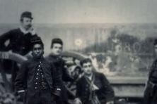Le capitaine guadeloupéen Camille Mortenol, qui organisa la défense antiaérienne de la ville de Paris en 1915.