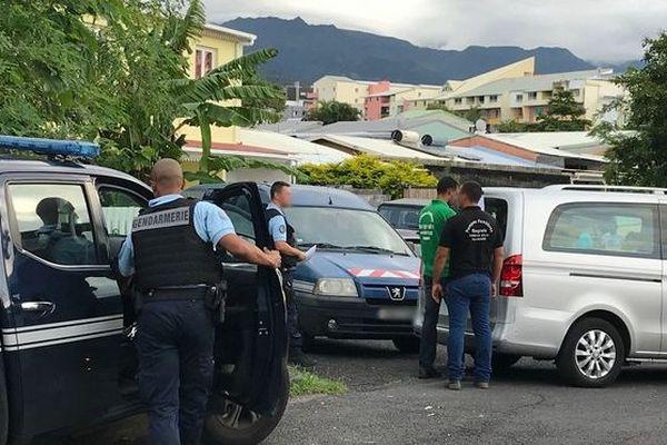 Saint-Benoit coup de couteau mortel à Bras fusil un homme poignarde son frere 220519