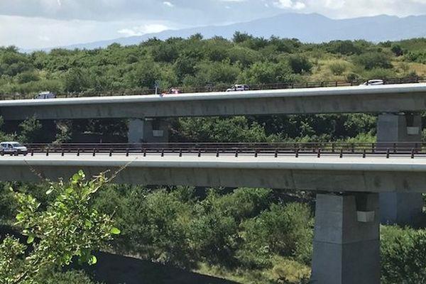Les ponts de la route des Tamarins