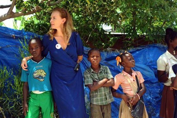 Valérie Trierweiler en Haiti