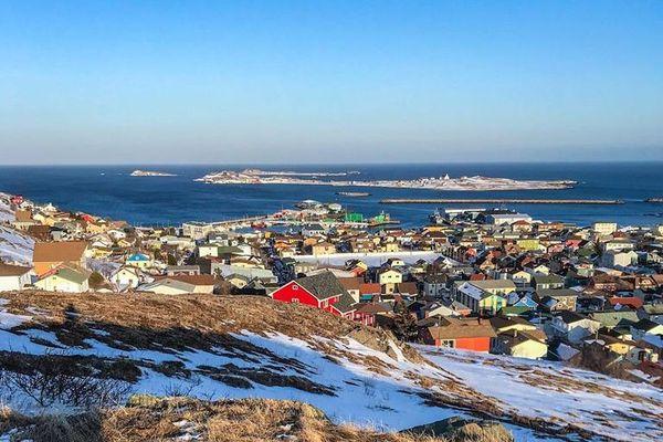 Deux tests sont maintenant obligatoires pour sortir de quatorzaine à Saint-Pierre et Miquelon.
