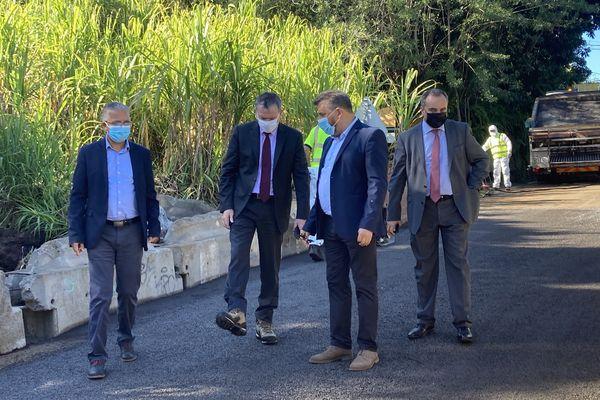 visite du préfet Ravine des Grègues dans les hauts de St-Joseph