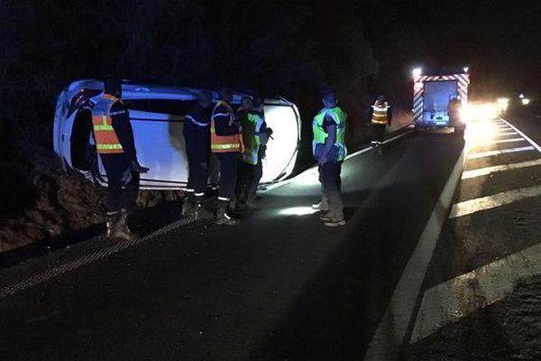voiture accidentée sans conducteur route théâtre Saint-Gilles 22h15 050719
