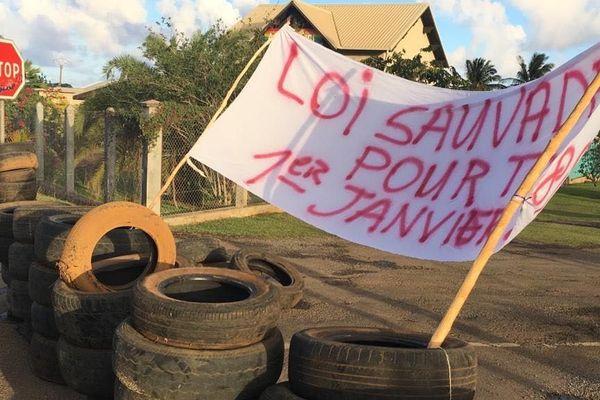 banderole grève adsup