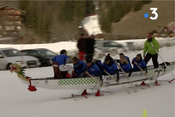 Du Dragon boat sur... skis !