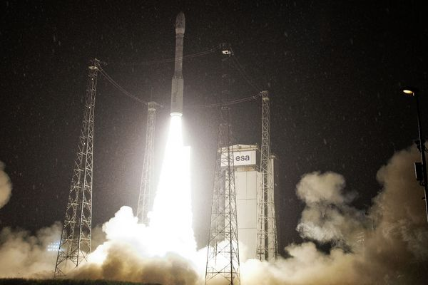 Départ fusée Vega 2